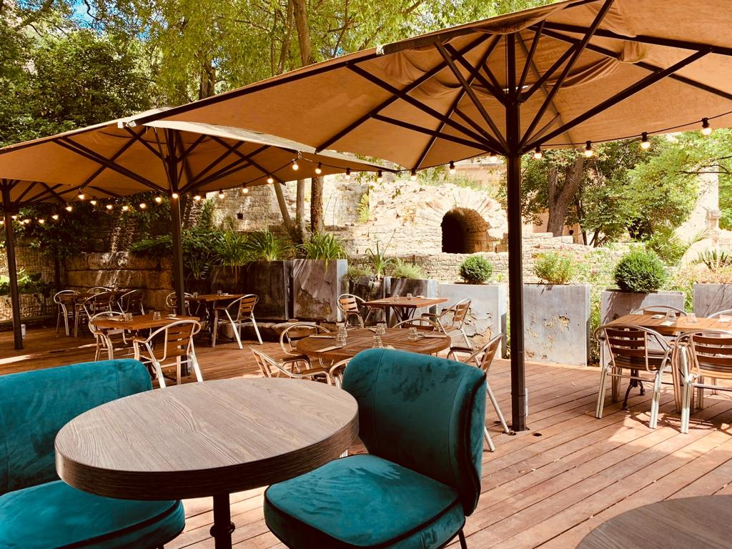 La terrasse des Tables de la Fontaine